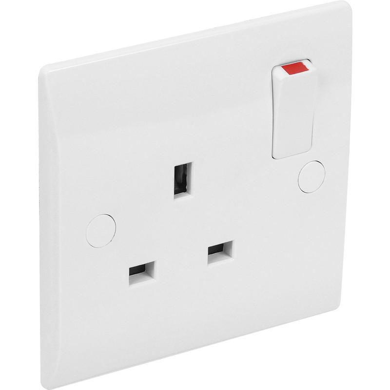 NEW White Flat Plate Switched Socket 1 Gang Single Pole DIY