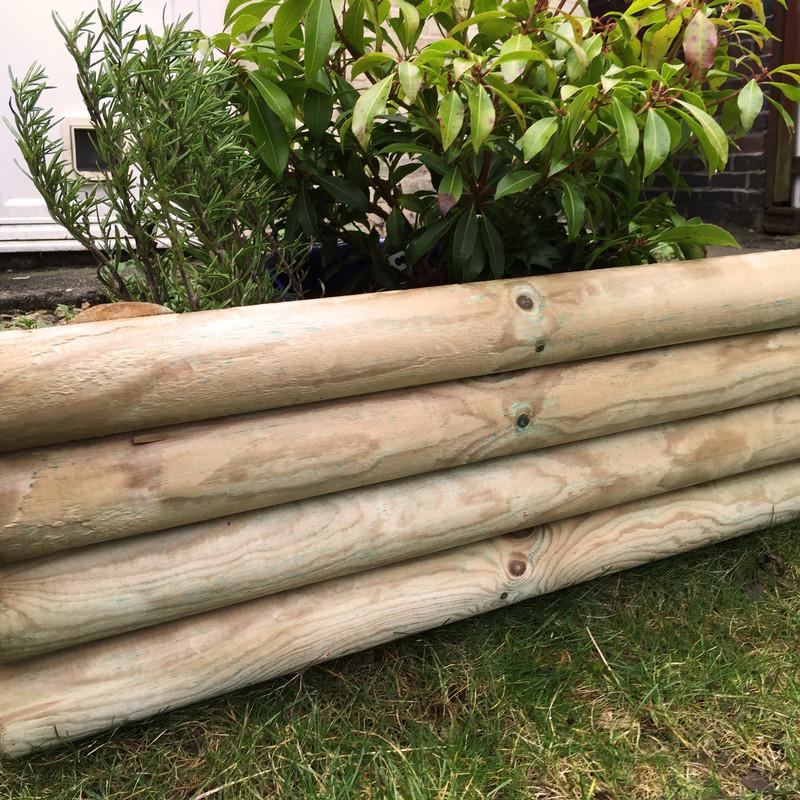 Log lawn edge 100 x 23cm toolstation for Log garden edging