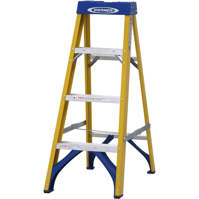 Werner Fibreglass Swingback Step Ladder